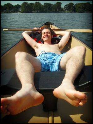 tom_canoe